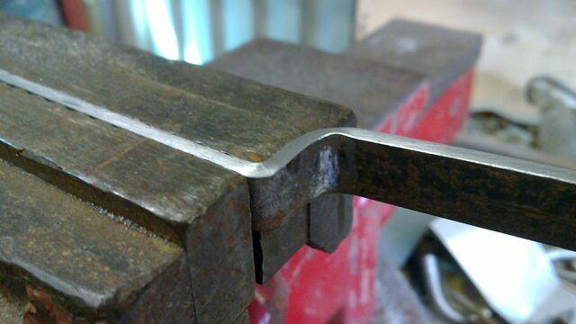 File:Making Iriarte-style cheiroballistra handle - 05.jpg