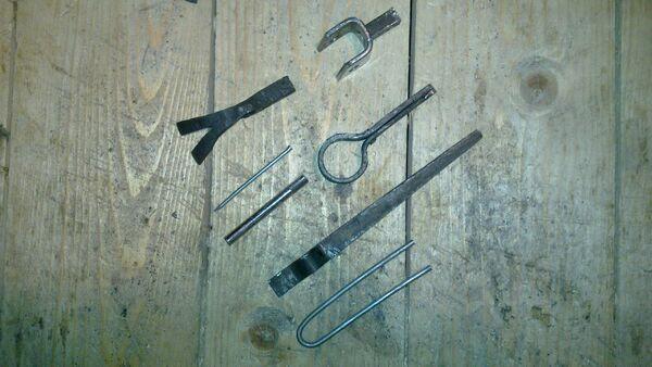 Cheiroballistra triggering mechanism parts - 02