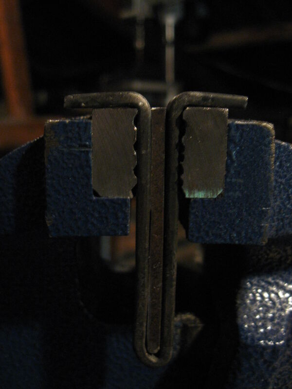 Making T-clamps - 04