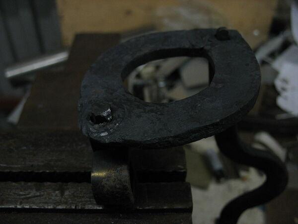 Riveting field-frames together - 06