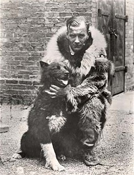 File:Gunnar Kaasen with Balto.jpg