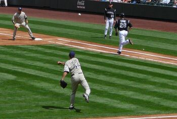 Jake peavy throwing to first
