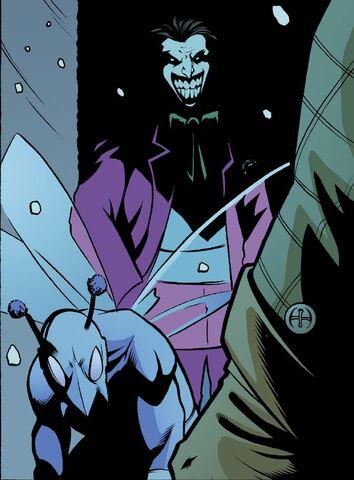 File:Moth with Joker1.jpg