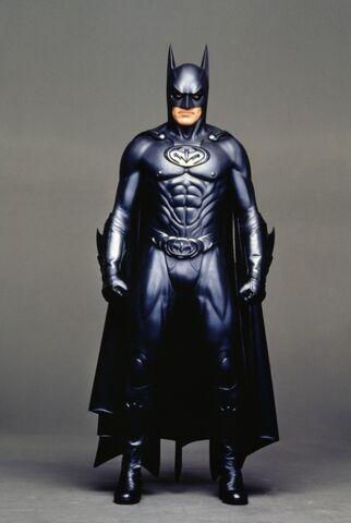 File:Batman-and-robin-1997-21-g.jpg