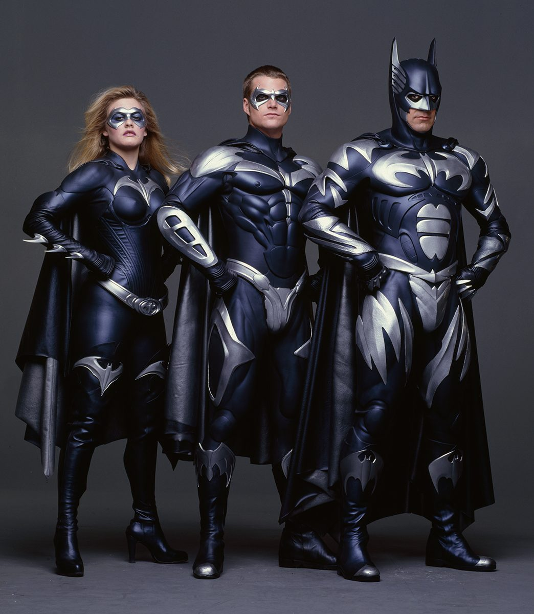 http://vignette2.wikia.nocookie.net/batman/images/3/3b/BatmanRobinGroup1.jpg/revision/latest?cb=20101215233109