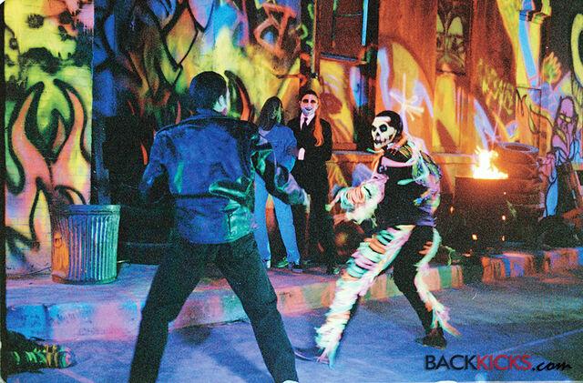 File:Batman Forever - Gaylord vs Wilson.jpg