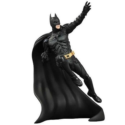 File:Batmanstatue.jpg