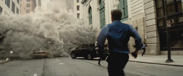 File:Batman v Superman 08.png