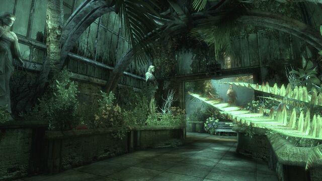 File:StatueCorridor1.jpg