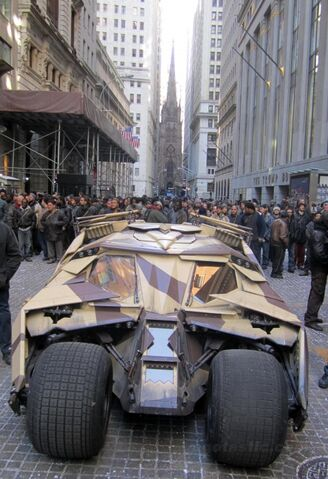 File:Dark-knight-rises-set-NYC-03-480x701.jpg