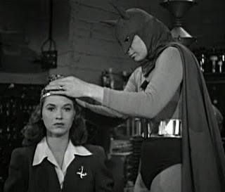 File:Batman43WeddingRing.jpg