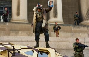 Dark-knight-rises-movie-image-magazine-scan-bane