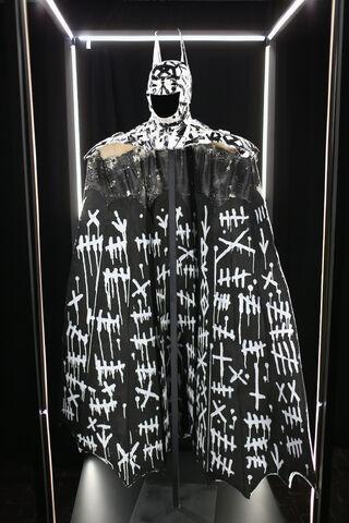 File:SDCC2014-Batman-Cape-Cowl create Art Exhibit 452635914.jpg