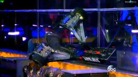BattleBots 2015 - Warrior Clan vs Nightmare