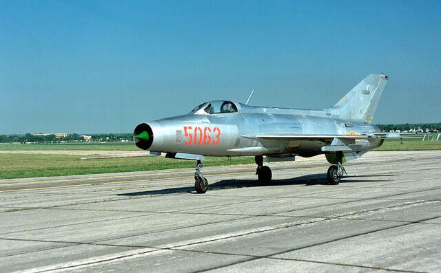 File:MiG-21.jpg
