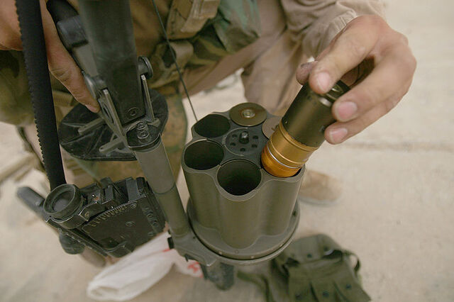 File:800px-M32 Grenade Loading.jpg