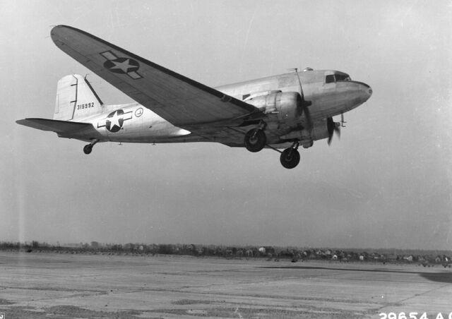 File:C-47 Black and White.jpg
