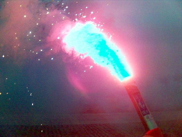 File:Navy emergency flare.jpg