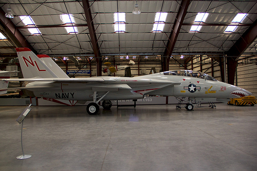 File:F-14A Tomcat - Side View.jpg