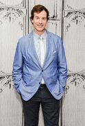 Rob Huebel7