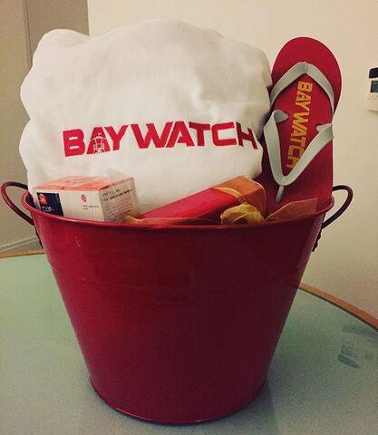 File:Set Gift Basket.jpg