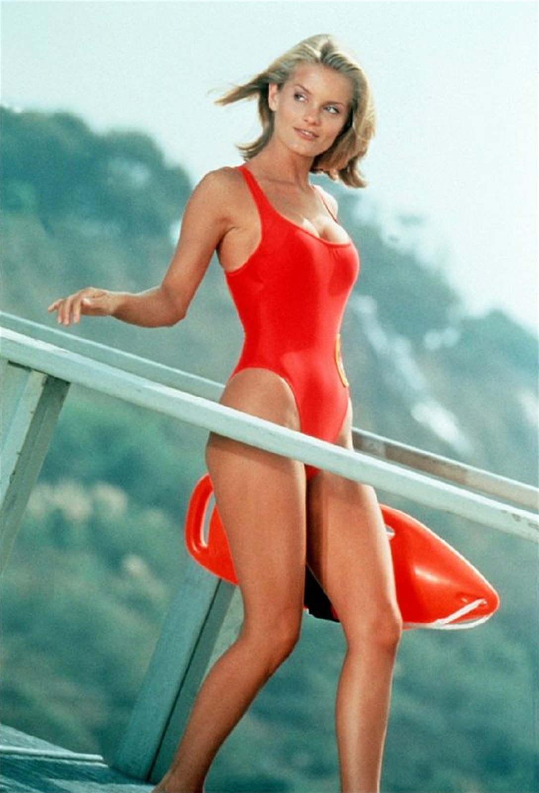 Carmen electra baywatch nights