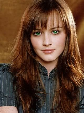 File:Brown hair green eyes girl.jpg