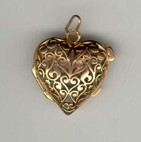 File:Lamond antique pendant.jpg