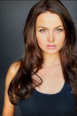 O-camilla-luddington-kate-middleton-actress-in-william-kate-lifetime-movie