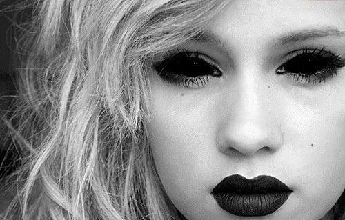 File:Beautiful-black-and-white-black-lipstick-blonde-cute-Favim.com-253183.jpg