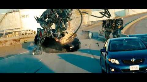 Transformers 3 Dark Of The Moon Highway Chase Battle Special Intro HD