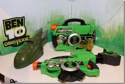 File:Ben 10 Omniverse Logo And Toys.png