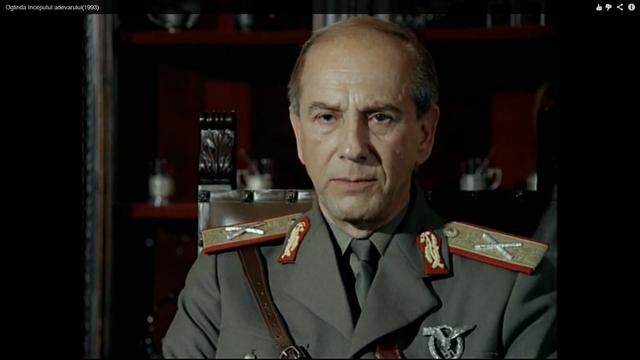 File:Antonescu in Oglinda.png