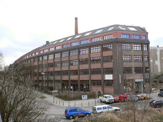 Datei:Berlin kiefholzstrasse 1-4 20050203.JPG