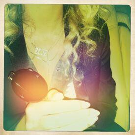 Beyonce blue necklace