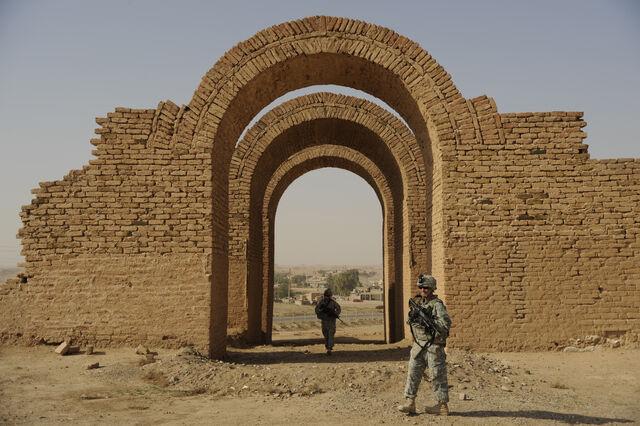 File:Asshur-Ruins.jpg