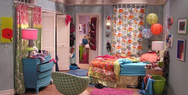 Datei:Pennys bedroom.jpg