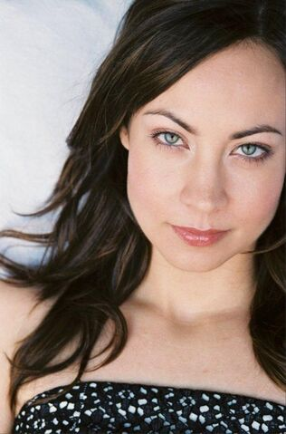 File:Courtney Ford.jpg