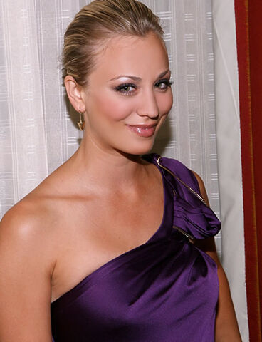 File:Kaley Cuoco1.jpg