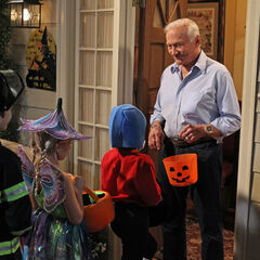 Buzz Aldrin guest stars in the episode.