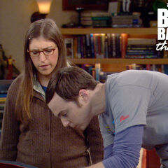 Sheldon showing Amy his list of mortal enemies.