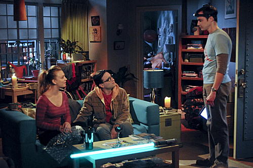 File:S5EP15 - Sheldon, Penny and leonard.jpg