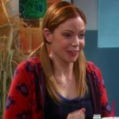 Ramona Nowitzi hitting on Sheldon.