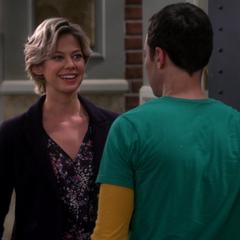 Vanessa enjous Sheldon's company.