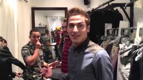 @HeffronDrive 1Million Thank you so much!! Love you all!! KENDALL SCHMIDT REACHED 1 MILLION
