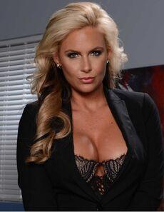 Phoenix Marie Brazzers