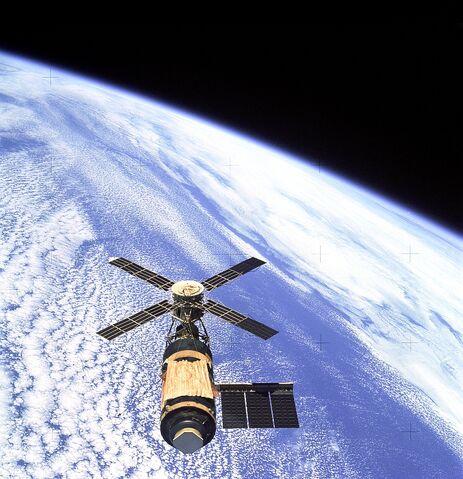 File:Skylab.jpg