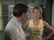 The.Bionic.Woman.S03E01.DVDrip.XviD-SAiNTS.avi 000163480