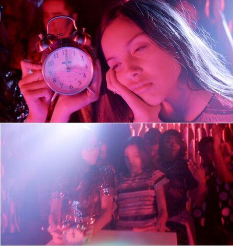 File:Frankie's Alarm Clock vs Paige.jpg