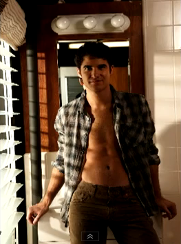 File:DarrenSexy3.png